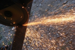 angle-cutting-fire-grinder-heat-metal-sparks